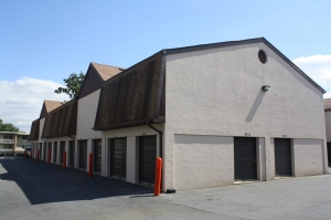 Image of Public Storage - Silver Spring - 11315 Lockwood Dr Facility on 11315 Lockwood Dr  in Silver Spring, MD - View 2