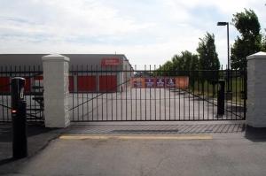 Image of Public Storage - Roseville - 30340 Gratiot Ave Facility on 30340 Gratiot Ave  in Roseville, MI - View 4