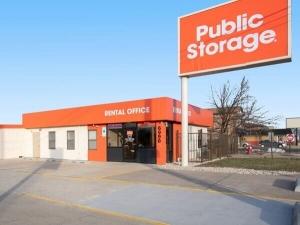 Image of Public Storage - Burbank - 6990 W 79th Street Facility at 6990 W 79th Street  Burbank, IL
