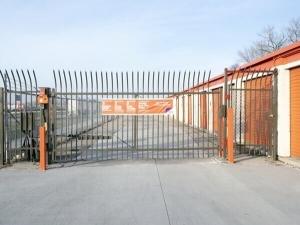 Image of Public Storage - Burbank - 6990 W 79th Street Facility on 6990 W 79th Street  in Burbank, IL - View 4