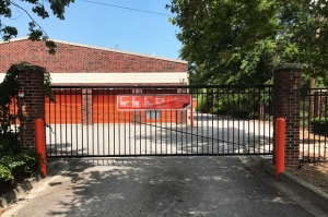 Image of Public Storage - Cayce - 540 Knox Abbott Dr Facility on 540 Knox Abbott Dr  in Cayce, SC - View 4