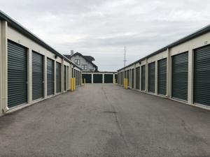 Image of Public Storage - Louisville - 3818 Bardstown Rd Facility on 3818 Bardstown Rd  in Louisville, KY - View 2