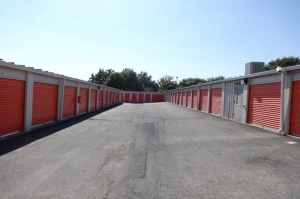 Image of Public Storage - Lenexa - 8830 Long Street Facility on 8830 Long Street  in Lenexa, KS - View 2