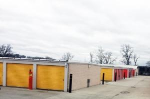Public Storage - Indianapolis - 6910 Waterfront Drive - Photo 2