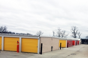 Image of Public Storage - Indianapolis - 6910 Waterfront Drive Facility on 6910 Waterfront Drive  in Indianapolis, IN - View 2