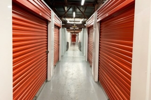 Public Storage - New Orleans - 1901 St Charles Ave - Photo 2