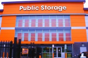 Image of Public Storage - Hicksville - 800 S Oyster Bay Rd Facility at 800 S Oyster Bay Rd  Hicksville, NY