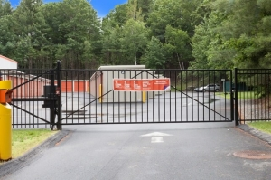 Image of Public Storage - Nashua - 596 W Hollis St Facility on 596 W Hollis St  in Nashua, NH - View 4