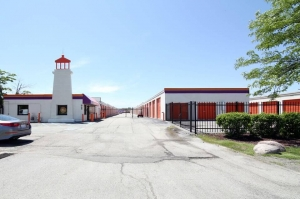 Image of Public Storage - Rolling Meadows - 945 Rohlwing Road Facility at 945 Rohlwing Road  Rolling Meadows, IL
