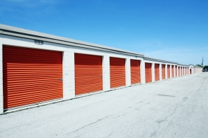 Public Storage - Rolling Meadows - 945 Rohlwing Road - Photo 2