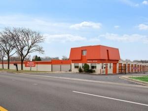 Image of Public Storage - Lisle - 2109 Ogden Ave Facility at 2109 Ogden Ave  Lisle, IL