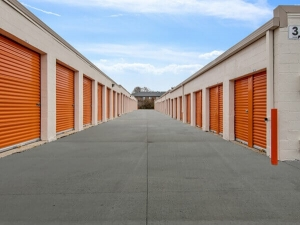 Image of Public Storage - Lisle - 2109 Ogden Ave Facility on 2109 Ogden Ave  in Lisle, IL - View 2