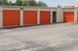 Image of Public Storage - Milwaukee - 535 S 84th Street Facility on 535 S 84th Street  in Milwaukee, WI - View 2