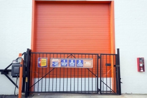 Image of Public Storage - Cicero - 5829 W Ogden Ave Facility on 5829 W Ogden Ave  in Cicero, IL - View 4