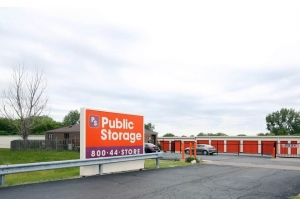 Image of Public Storage - Carol Stream - 499 Phillips Court Facility on 499 Phillips Court  in Carol Stream, IL