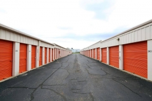 Image of Public Storage - Carol Stream - 499 Phillips Court Facility on 499 Phillips Court  in Carol Stream, IL - View 2
