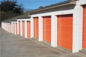 Image of Public Storage - Oklahoma City - 4105 S May Ave Facility on 4105 S May Ave  in Oklahoma City, OK - View 2