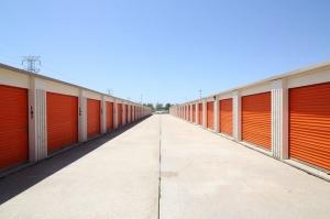 Image of Public Storage - Bedford Park - 7000 S Cicero Ave Facility on 7000 S Cicero Ave  in Bedford Park, IL - View 2