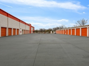 Public Storage - Burr Ridge - 341 S Frontage Road - Photo 2