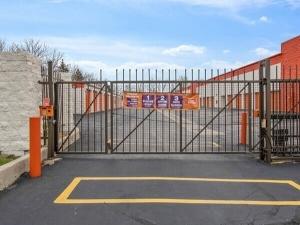 Image of Public Storage - Burr Ridge - 341 S Frontage Road Facility on 341 S Frontage Road  in Burr Ridge, IL - View 4