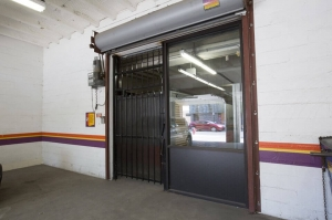 Image of Public Storage - Chicago - 1512 West Jarvis Ave Facility on 1512 West Jarvis Ave  in Chicago, IL - View 4
