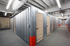 Image of Public Storage - Chicago - 1512 West Jarvis Ave Facility on 1512 West Jarvis Ave  in Chicago, IL - View 2
