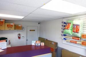 Public Storage - Topeka - 710 SE 8th Ave - Photo 3