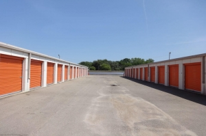 Image of Public Storage - Topeka - 710 SE 8th Ave Facility on 710 SE 8th Ave  in Topeka, KS - View 2