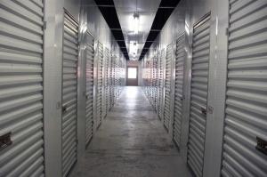 Public Storage - Memphis - 2130 Sycamore View Road - Photo 2