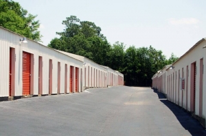 Image of Public Storage - Mobile - 1265 Hillcrest Road Facility on 1265 Hillcrest Road  in Mobile, AL - View 2