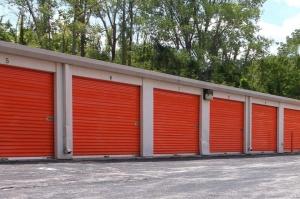 Image of Public Storage - Kansas City - 6600 State Ave Facility on 6600 State Ave  in Kansas City, KS - View 2