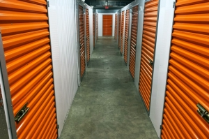 Image of Public Storage - Minneapolis - 424 3rd Ave N Facility on 424 3rd Ave N  in Minneapolis, MN - View 2