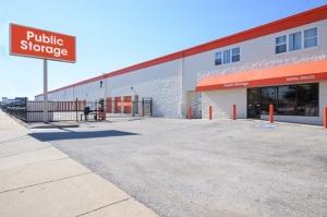 Image of Public Storage - Chicago - 5778 N Northwest Hwy Facility at 5778 N Northwest Hwy  Chicago, IL