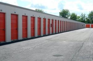 Image of Public Storage - Evansville - 1920 N Green River Rd Facility on 1920 N Green River Rd  in Evansville, IN - View 2