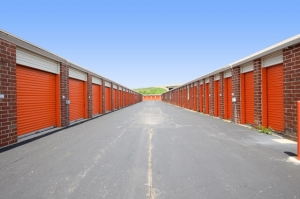 Image of Public Storage - Bridgeview - 10024 S Harlem Ave Facility on 10024 S Harlem Ave  in Bridgeview, IL - View 2