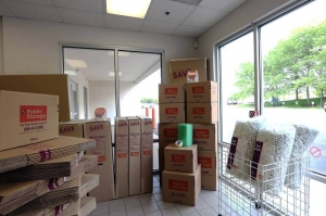 Public Storage - Deerfield - 125 S Pfingsten Road - Photo 3
