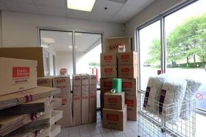 Image of Public Storage - Deerfield - 125 S Pfingsten Road Facility on 125 S Pfingsten Road  in Deerfield, IL - View 3