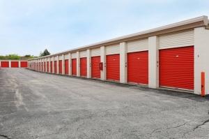 Image of Public Storage - Schaumburg - 777 W Wise Road Facility on 777 W Wise Road  in Schaumburg, IL - View 2