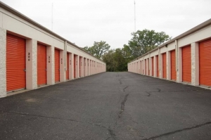 Image of Public Storage - Brooklyn Park - 7800 73rd Ave N Facility on 7800 73rd Ave N  in Brooklyn Park, MN - View 2
