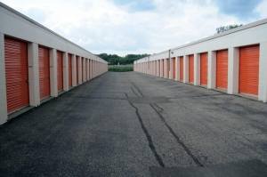 Image of Public Storage - Hopkins - 1144 7th Street S Facility on 1144 7th Street S  in Hopkins, MN - View 2