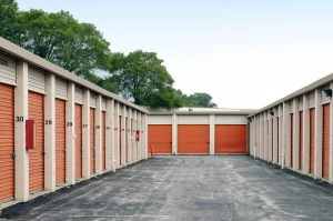 Image of Public Storage - Chicago - 8484 S South Chicago Ave Facility on 8484 S South Chicago Ave  in Chicago, IL - View 2