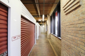 Image of Public Storage - Chicago - 947 W Van Buren St Facility on 947 W Van Buren St  in Chicago, IL - View 2