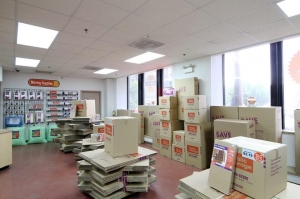 Image of Public Storage - Chicago - 947 W Van Buren St Facility on 947 W Van Buren St  in Chicago, IL - View 3