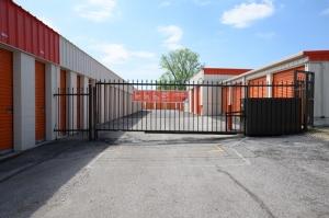 Image of Public Storage - Tinley Park - 16161 Brennan Highway Facility on 16161 Brennan Highway  in Tinley Park, IL - View 4