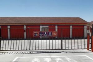 Image of Public Storage - Denver - 6611 Leetsdale Dr Facility on 6611 Leetsdale Dr  in Denver, CO - View 4