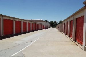 Image of Public Storage - Denver - 6611 Leetsdale Dr Facility on 6611 Leetsdale Dr  in Denver, CO - View 2