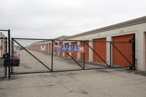 Image of Public Storage - Schaumburg - 130 Hillcrest Blvd Facility on 130 Hillcrest Blvd  in Schaumburg, IL - View 4