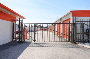 Image of Public Storage - Hanover Park - 1000 E Lake Street Facility on 1000 E Lake Street  in Hanover Park, IL - View 4