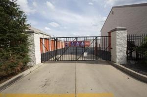 Image of Public Storage - Aurora - 4253 Ogden Ave Facility on 4253 Ogden Ave  in Aurora, IL - View 4