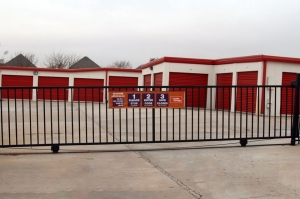 Image of Public Storage - Edmond - 2201 NW 192nd St Facility on 2201 NW 192nd St  in Edmond, OK - View 4